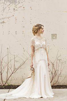 Jenny Packham wedding dress   Courtney Bowlden Photography   see more on: http://burnettsboards.com/2015/04/burgundy-gold-wedding-ideas/