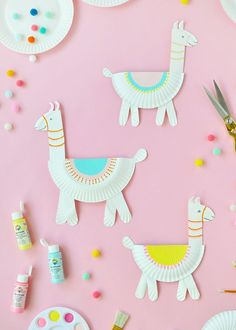 Paper Plate Llamas diy paper crafts for kids - Kids Crafts Paper Plate Llamas Paper Crafts For Kids, Crafts To Do, Preschool Crafts, Diy For Kids, Paper Crafting, Diys With Paper, Arts And Crafts For Children, Crafts At Home, Craft Ideas For Girls