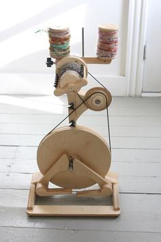 cutest spinning wheel ever!spinolution pollywog