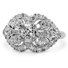 This is DEFINITELY the ring I want to be placed on my finger by the man I love one day!!! I LOVE IT!!!!!