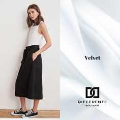 Classic black and white style in Velvet quality. New Farm, Black And White Style, Johnny Was, Casual Elegance, Fashion Labels, Velvet, Boutique, Luxury, Classic
