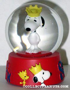 Snoopy Snowglobe