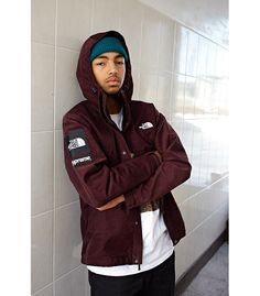 SUPREME x THE NORTH FACE – F/W 2012 COLLECTION