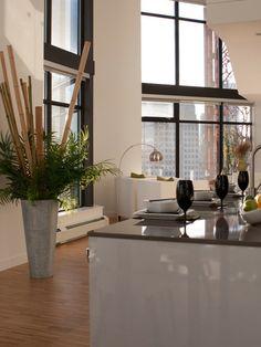 Le bambou déco est un accessoire idéal pour l'intérieur moderne.Il donne de la vivacité et une apparence naturelle et en même temps minimaliste et épurée.