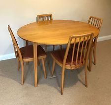 Retro 1970s Ercol Style Beech Dining Table 4 Matching Spindle Back Chairs