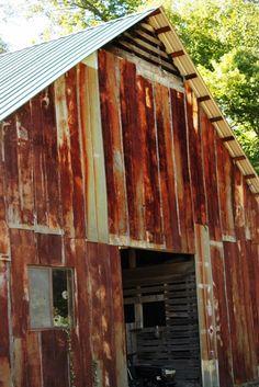 Look at this barn, oh my!