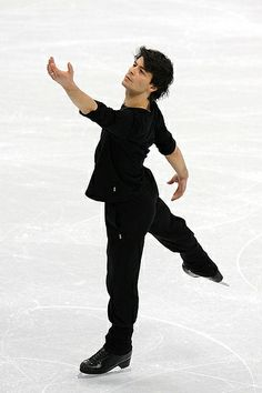 Stephane Lambiel (SUI) – The 2006 Olympic silver medalist's fast and innovative spins are a sight to behold. Without a reliable triple Axel, he'll need to hit all of his planned quadruple jumps to contend. (Robyn Beck/AFP/Getty Images)