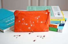 Make your own fabric prints using the sun | How About Orange
