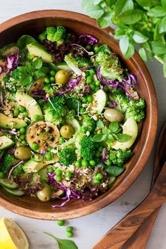 Healthy Recipes Quinoa superfood salad is a vegan lunch the dreams are made of. It's vibrant… - Quinoa superfood salad is a vegan lunch the dreams are made of. It's vibrant, full of textures and flavours, jam-packed with satiating fibre Healthy Salad Recipes, Whole Food Recipes, Healthy Snacks, Vegetarian Recipes, Healthy Eating, Dinner Healthy, Vegan Meals, Diet Recipes, Lunch Recipes