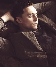Tom Hiddleston. Can I just snuggle up to you and lay beside you??...❤️