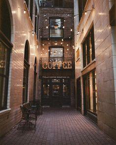 Asado Coffee Pickwick Lane
