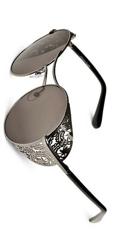 81a062fd53c60d 93 meilleures images du tableau lunette   Sunglasses, Wearing ...