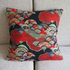 Japanese Style Red Fans Cushion Cover