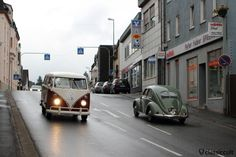 VW Split Bus and Split Beetle in Bad Camberg City at 9:04 a.m., 10. International Bad Camberger VW-Veteranen-Treffen 2015