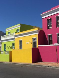 Must-See Cape Town Holiday Spots Cape Town Holidays, Colour Architecture, Colorful Houses, Tourist Spots, Modern Luxury, House Colors, South Africa, Branding Design, Cottage