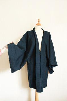 Vintage mid century navy print kimono by TurquoiseFlamingo on Etsy