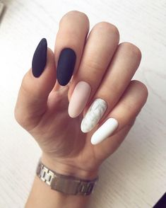 Between the breakthrough nail art and the arrival on the market of ever more innovative nail polishes, it's hard to escape the madness of couture nails. Nail Art Designs, Nail Designs Spring, Acrylic Nail Designs, Nails Design, Pink Nails, Gel Nails, Polish Nails, Stiletto Nails, Coffin Nails