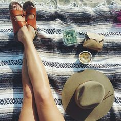 Our advice? Bring your lunch outside. @uoarizona #UORoadTrip #UOaroundYou #urbanoutfitters