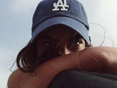 hats snapback dad hat ball cap girls in hats tanned summer girl Style Casual, My Style, Foto Casual, No Bad Days, Madame, Looks Cool, Belle Photo, Swagg, Caps Hats