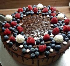 Torta čokoládová s mascarpone - recept Baby Cakes, Cupcake Cakes, Cupcakes, Sweet Desserts, Delicious Desserts, Mini Cheesecakes, Milkshake, Food Hacks, Baking Recipes