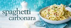 This classic pasta dish is traditionally high in Syns – our lightened-up version swaps cream for fat-free fromage frais without swapping any of the flavour! Spaghetti Carbonara Recipe, Italian Pasta Dishes, Parmesan Pasta, Slimming Recipes, Saveur, Slimming World, Healthy Recipes, Dinner, Cooking