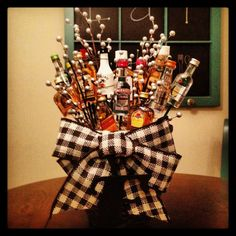 #DIY New Year's Eve Mini Alcohol Bottle Bouquets #BYOB #NYE