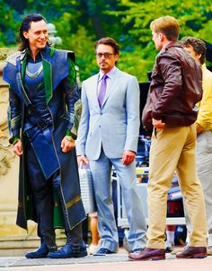 """Pinning for comments..:) \\\ """"I AM ANGRY, SHORT, AND I HAVE MORE MOVIES THAN YOU. RESPECT ME. STEVE. STEVE. STEVE.""""  Oh god, Tony looks so fucking done. """"I AM TONY FUCKING STARK. I SHOULD BE TALLER THAN ALL OF YOU. GODAMMIT. PEPPER, GET ME A FOOTSTOOL.""""  PEPPER, GET ME A FOOTSTOOL.  I'LL GET YOU 12% OF A FOOTSTOOL."""