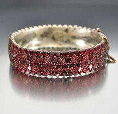 Antique Victorian Bohemian Garnet Bracelet – Boylerpf