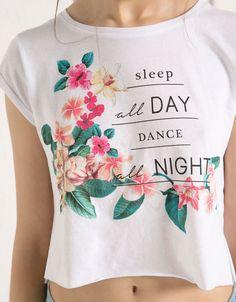 BSK floral print top - T- Shirts - Bershka United Kingdom