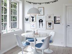 Tulip Chairs designed by Eero Saarinen