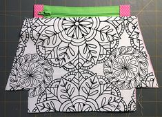 Zippered makeup pouch and pencil pouch tutorials Small Sewing Projects, Sewing Projects For Beginners, Sewing Hacks, Sewing Tutorials, Sewing Crafts, Bag Tutorials, Tutorial Sewing, Sewing Makeup Bag, Makeup Pouch