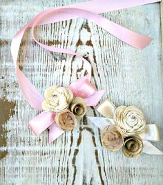 Small corsage with ribbon