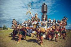 Saha Türkleri geleneksel at dansı oyunlarından... Alıntı: Türk Kızıyım