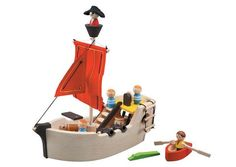 Wooden pirate ship from eco toy maker Plan Toys Wooden Toy Shop, Wooden Toys, Modern Kids Toys, Toys For Little Kids, Bateau Pirate, Pirate Games, Organic Baby Toys, Wooden Playset, Plan Toys