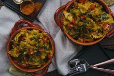 Pav Bhaji Pasta – The Chutney Life Lamb Recipes, Indian Food Recipes, Pasta Recipes, Vegetarian Recipes, Cooking Recipes, Ethnic Recipes, Lotsa Pasta, Pav Bhaji, Recipe Filing