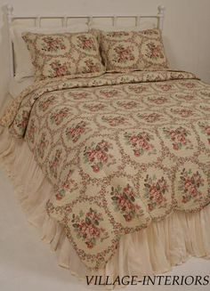 Included: One Oversize F/Queen quilt measures 88 inches wide x 92 inches long + two standard shams. A classic nostalgic beauty the rose floral pattern is subtle and perfectly scaled on a tea stain beige background.