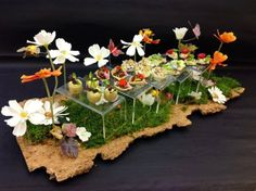 Beautiful canapé tray perfect for a garden party. Add the of freshly cut grass or a to really set the tone. Canapes Catering, Catering Ideas, Breakfast Basket, Food Displays, Buffet Displays, Sugar Donut, Gastro, Catering Display, Food Garnishes