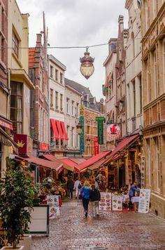 Rue des Bouchers in Brussels, Belgium. Photo by Doub Jonas.