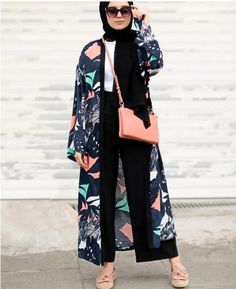42 Ideas fashion hijab casual dresses muslim for 2019 Hijab Fashion Summer, Modest Fashion Hijab, Modern Hijab Fashion, Street Hijab Fashion, Casual Hijab Outfit, Hijab Fashion Inspiration, Islamic Fashion, Abaya Fashion, Muslim Fashion