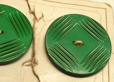 2 Large GREEN BAKELITE BUTTONS Art Deco  Deeply by Coloradofinds