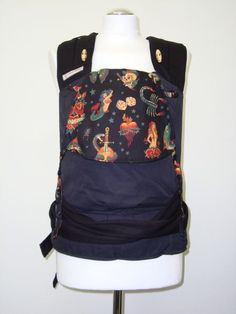 Fräulein Hübsch babysize - tragemama.at Backpacks, Bags, Fashion, Handbags, Moda, La Mode, Dime Bags, Women's Backpack, Fasion