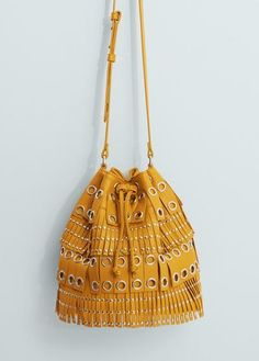 cannot believe this bag is under £20... its so so nice...from mango :)  #covetme #bag #mango #mustard #19.99 #bargin