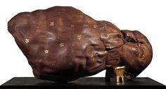 En su lugar descanse Wood, 2011 –  Wax and Gold Leaf, 55 X 117 x 60 cm