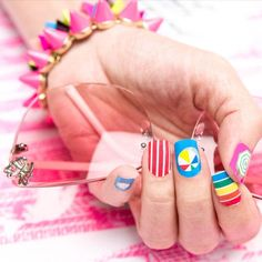 shweshwe dresses 2017 and the latest nail art Beachy Nail Designs, Nail Designs 2015, Finger Coils, Beach Nail Art, Beach Nails, Plage Nail Art, Baseball Nails, French Manicure Nails, Latest Nail Art