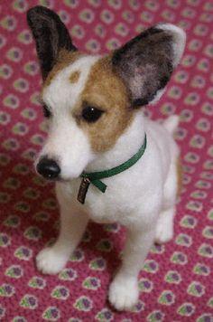 Realistic-looking dog (http://www.midofelt.com/1597tim_2.jpg)
