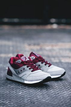 "Saucony Shadow Master ""Grey Pack"""