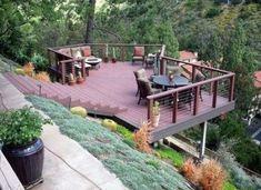 Backyard deck on a hill sloped yard 27 trendy Ideas Steep Hillside Landscaping, Hillside Deck, Steep Backyard, Terraced Landscaping, Landscaping On A Hill, Sloped Backyard, Small Backyard Landscaping, Backyard Patio, Landscaping Ideas