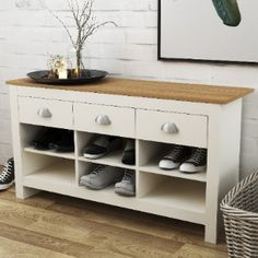 Hallway Shoe Storage Bench, Staircase Storage, Small Bedroom Storage, Entryway Storage, Stair Storage, Hall Storage Ideas, Shoe Bench, Storage Hacks, Bench With Drawers