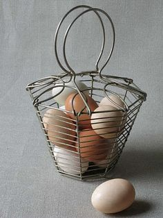 Alicia B. Designs: Putting all your eggs in one basket.
