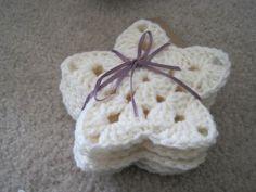 Free Pattern Friday: Granny Star Ornament